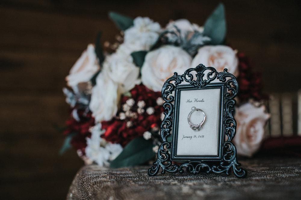 New-Jersey-Wedding-Photographer-JennaLynnPhotography-Blue-Heron-Pines-Sami+Nick-Details-12.jpg