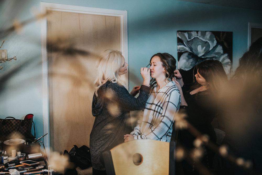 New-Jersey-Wedding-Photographer-JennaLynnPhotography-Blue-Heron-Pines-Sami+Nick-GettingReady-4.jpg