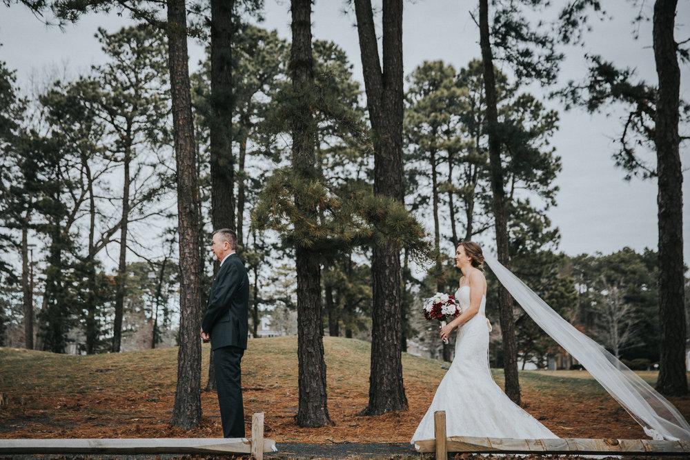 New-Jersey-Wedding-Photographer-JennaLynnPhotography-Blue-Heron-Pines-Sami+Nick-FirstLook-2.jpg