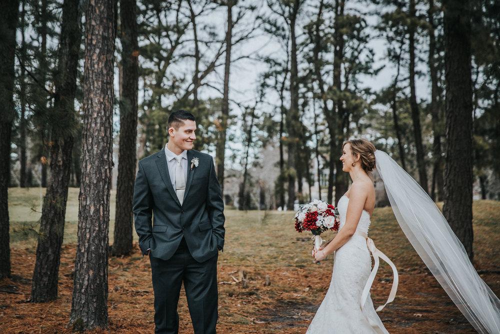 New-Jersey-Wedding-Photographer-JennaLynnPhotography-Blue-Heron-Pines-Sami+Nick-FirstLook-24.jpg