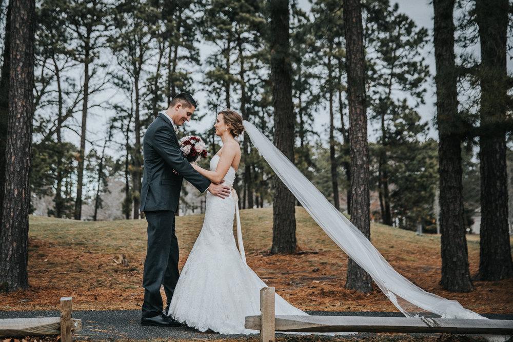 New-Jersey-Wedding-Photographer-JennaLynnPhotography-Blue-Heron-Pines-Sami+Nick-FirstLook-28.jpg