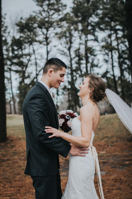 New-Jersey-Wedding-Photographer-JennaLynnPhotography-Blue-Heron-Pines-Sami+Nick-FirstLook-34.jpg