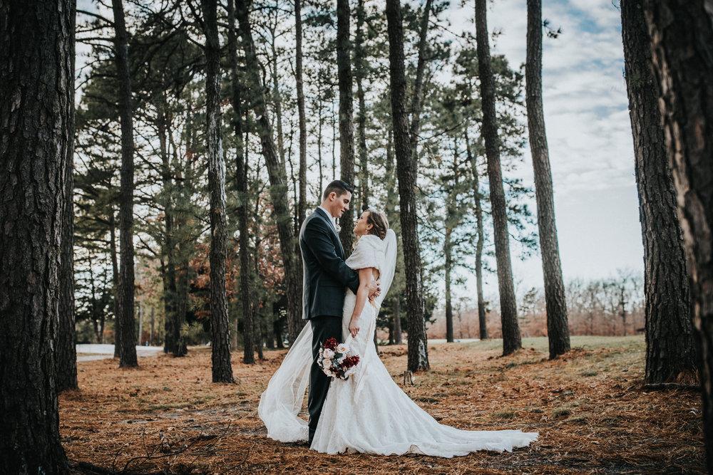 New-Jersey-Wedding-Photographer-JennaLynnPhotography-Blue-Heron-Pines-Sami+Nick-BrideandGroom-6.jpg