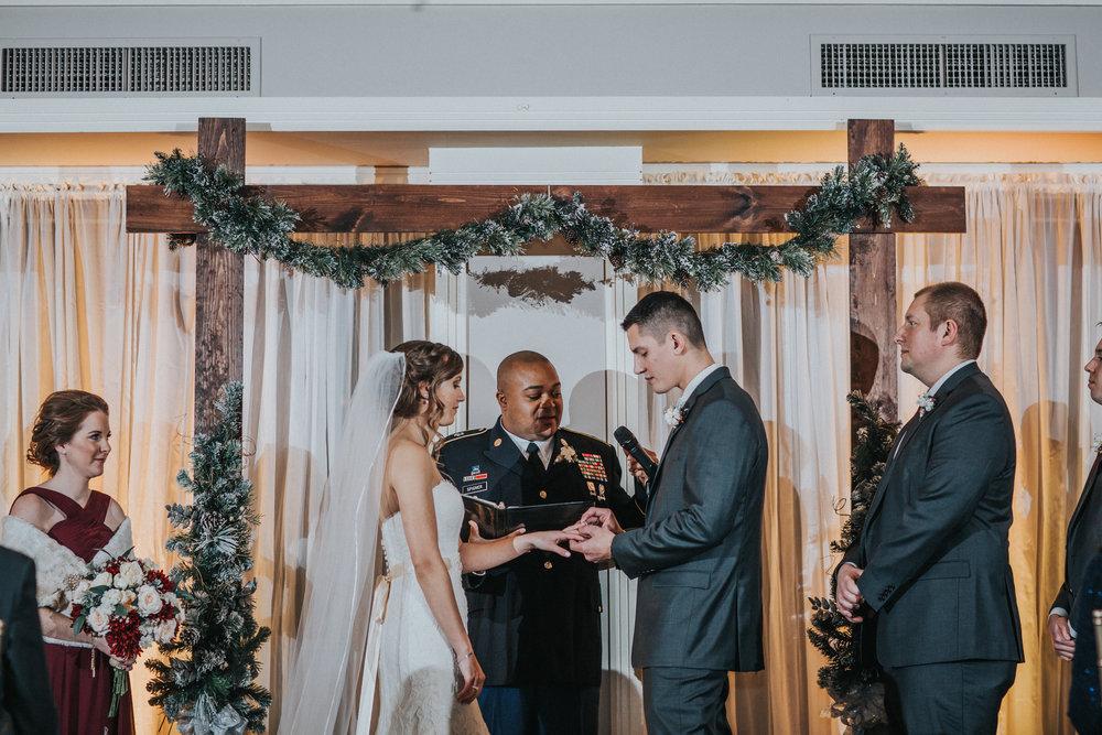 New-Jersey-Wedding-Photographer-JennaLynnPhotography-Blue-Heron-Pines-Sami+Nick-Ceremony-44.jpg