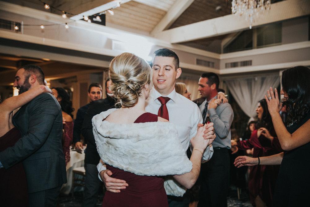 New-Jersey-Wedding-Photographer-JennaLynnPhotography-Blue-Heron-Pines-Sami+Nick-Reception-121.jpg