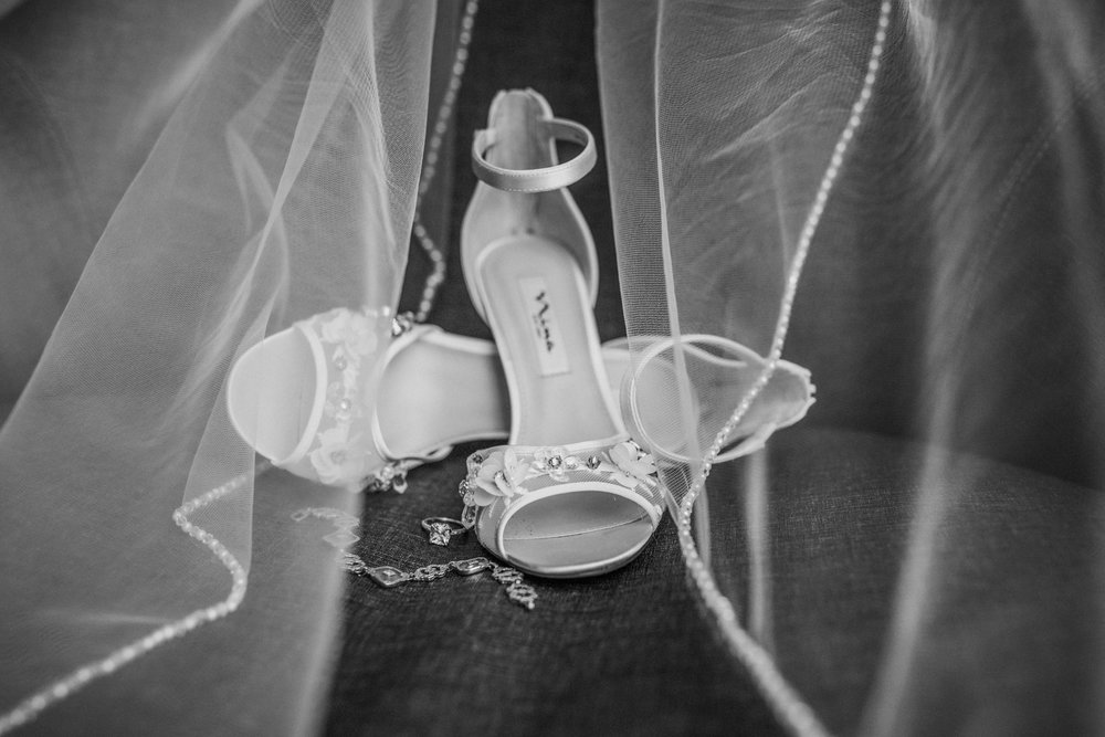 New-Jersey-Wedding-Photographer-Megan&Nick-DetailsBW-10.jpg