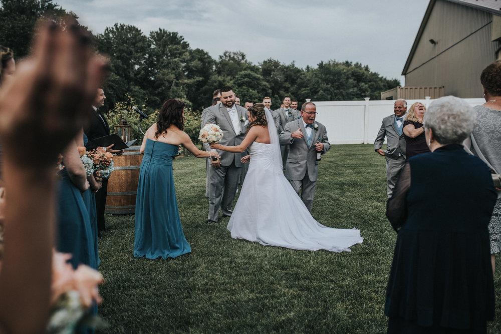 New-Jersey-Wedding-Photographer-JennaLynnPhotography-ValenzanoWinery-Ceremony-39.jpg