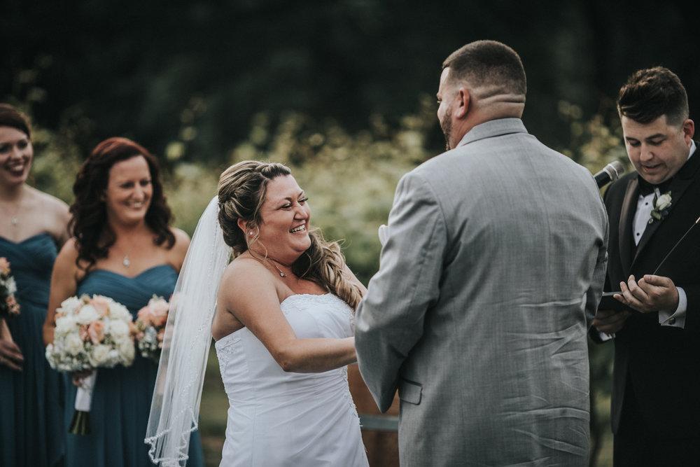 New-Jersey-Wedding-Photographer-JennaLynnPhotography-ValenzanoWinery-Ceremony-55.jpg