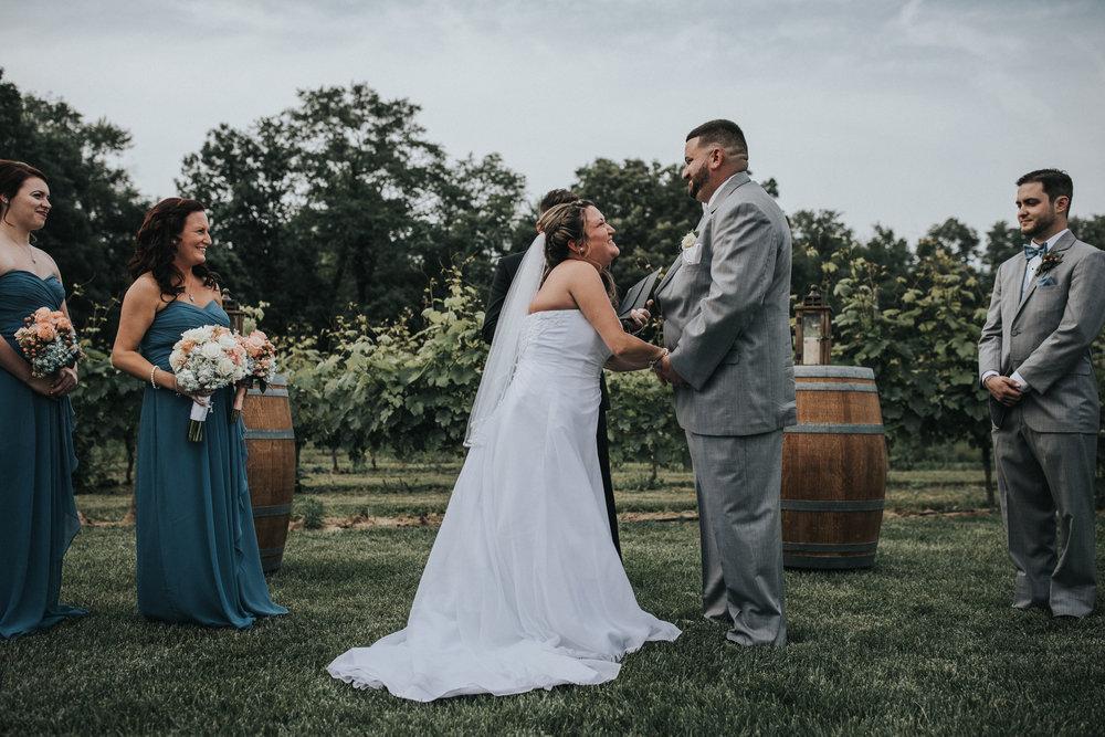 New-Jersey-Wedding-Photographer-JennaLynnPhotography-ValenzanoWinery-Ceremony-53.jpg