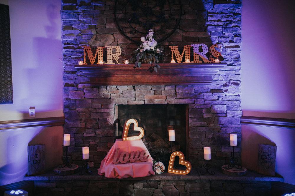 New-Jersey-Wedding-Photographer-JennaLynnPhotography-ValenzanoWinery-Details-26.jpg