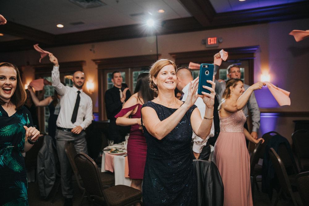 New-Jersey-Wedding-Photographer-JennaLynnPhotography-ValenzanoWinery-Reception-24.jpg