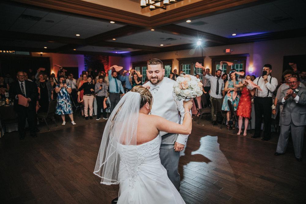 New-Jersey-Wedding-Photographer-JennaLynnPhotography-ValenzanoWinery-Reception-36.jpg