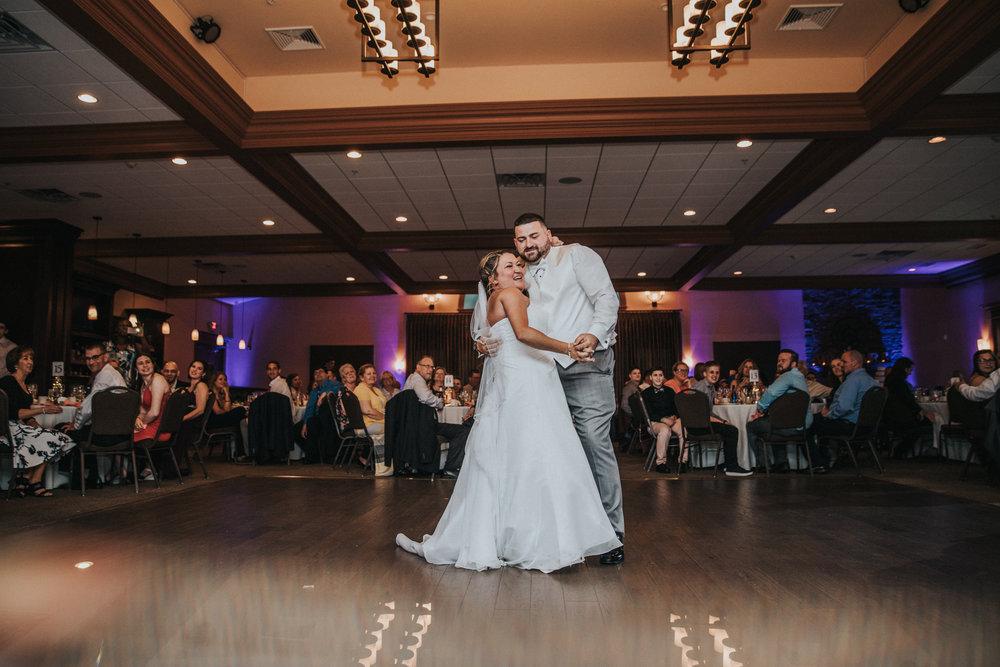 New-Jersey-Wedding-Photographer-JennaLynnPhotography-ValenzanoWinery-Reception-46.jpg