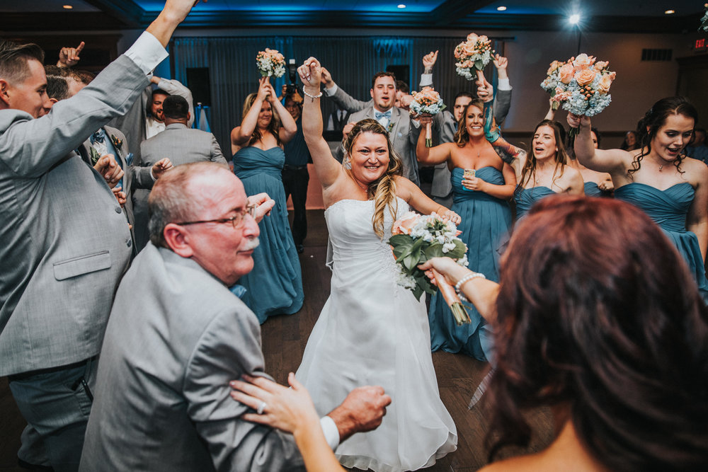 New-Jersey-Wedding-Photographer-JennaLynnPhotography-ValenzanoWinery-Reception-68.jpg