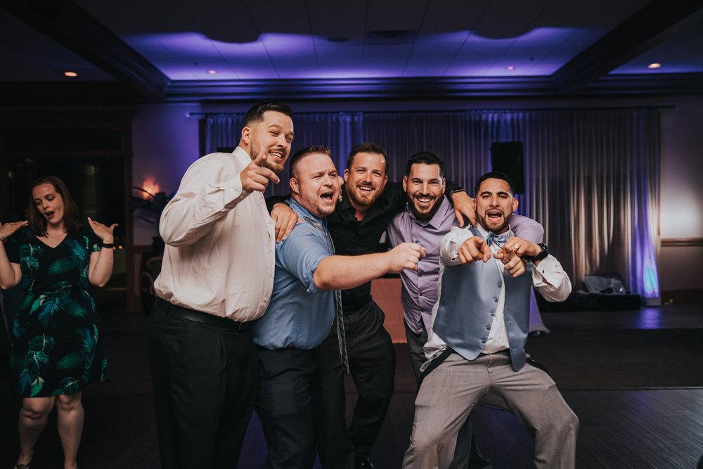 New-Jersey-Wedding-Photographer-JennaLynnPhotography-ValenzanoWinery-Reception-148.jpg