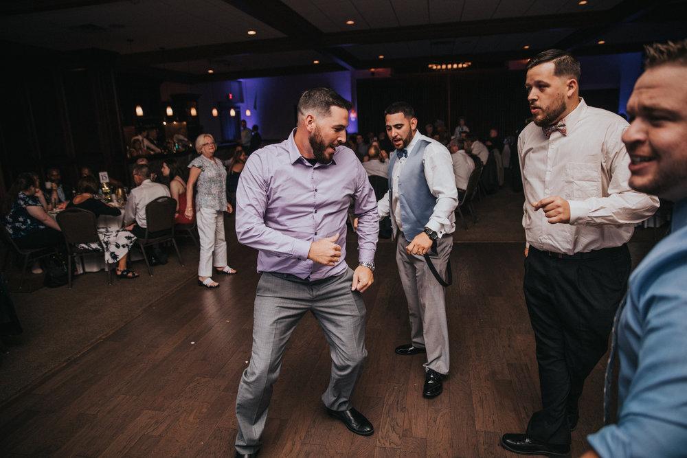 New-Jersey-Wedding-Photographer-JennaLynnPhotography-ValenzanoWinery-Reception-146.jpg