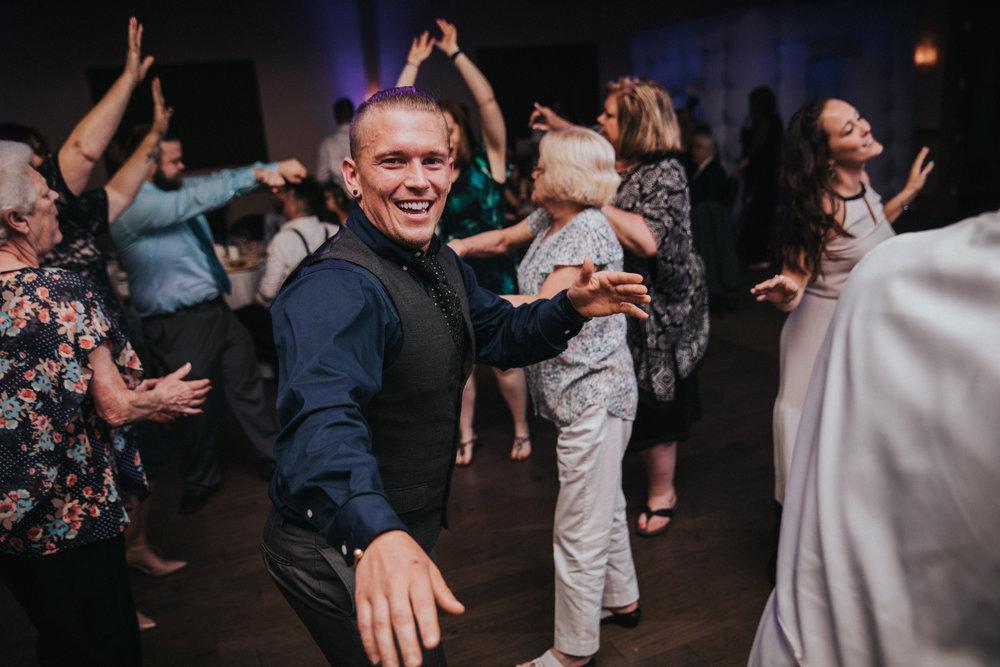 New-Jersey-Wedding-Photographer-JennaLynnPhotography-ValenzanoWinery-Reception-159.jpg