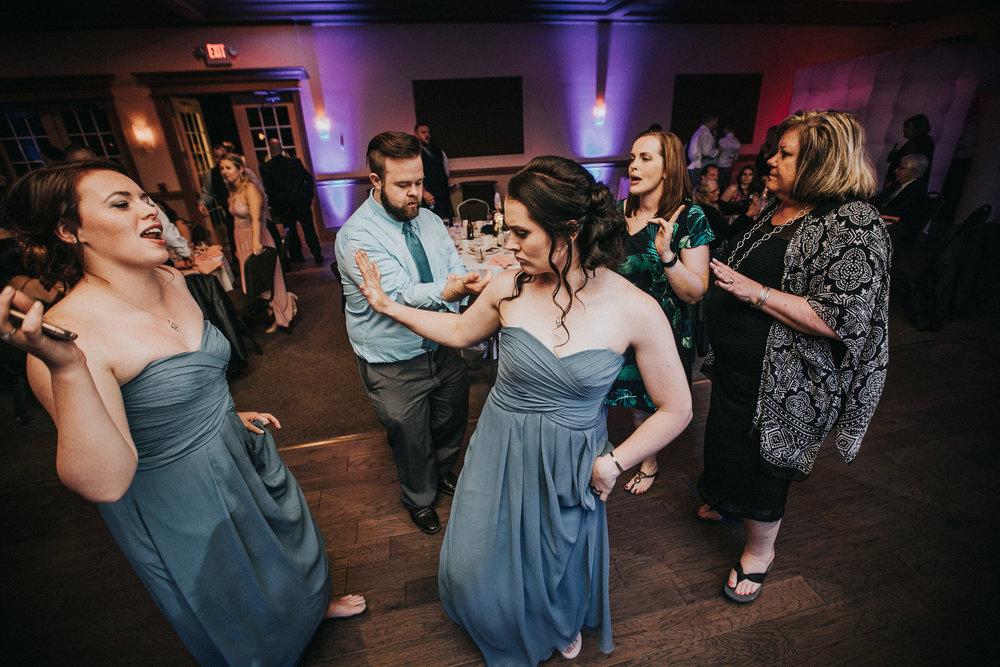 New-Jersey-Wedding-Photographer-JennaLynnPhotography-ValenzanoWinery-Reception-212.jpg