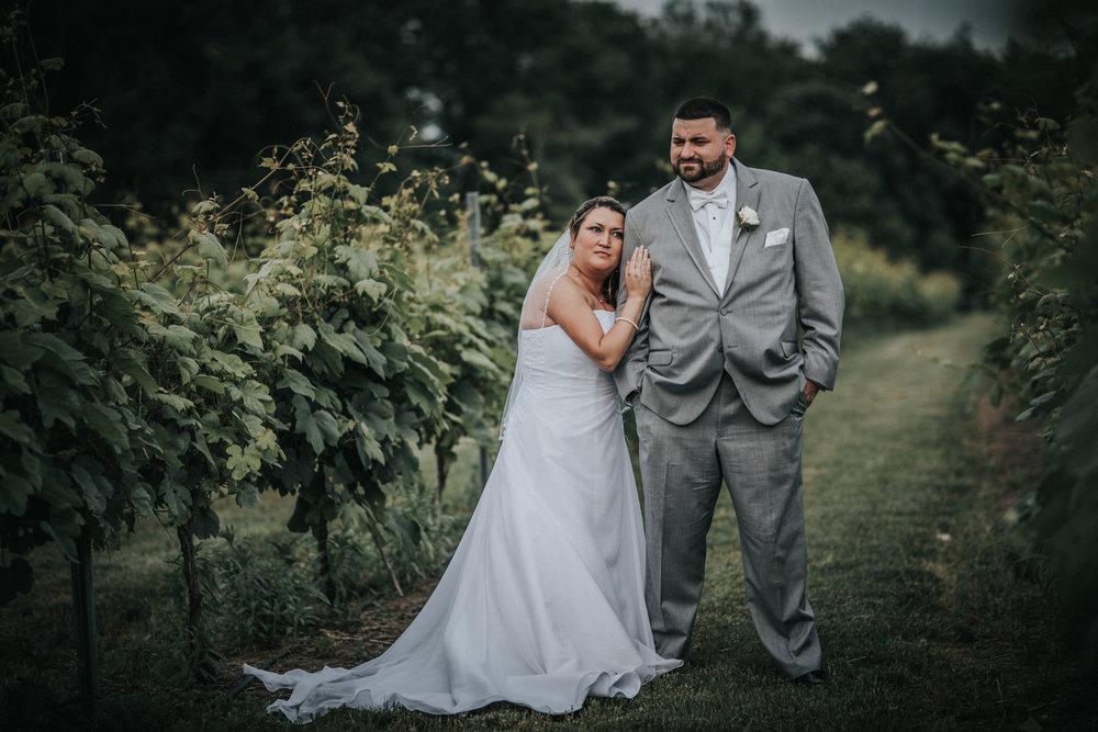 New-Jersey-Wedding-Photographer-JennaLynnPhotography-ValenzanoWinery-Bride&Groom-18.jpg