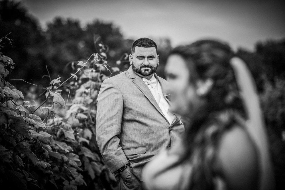 New-Jersey-Wedding-Photographer-JennaLynnPhotography-ValenzanoWinery-Bride&GroomBW-25.jpg