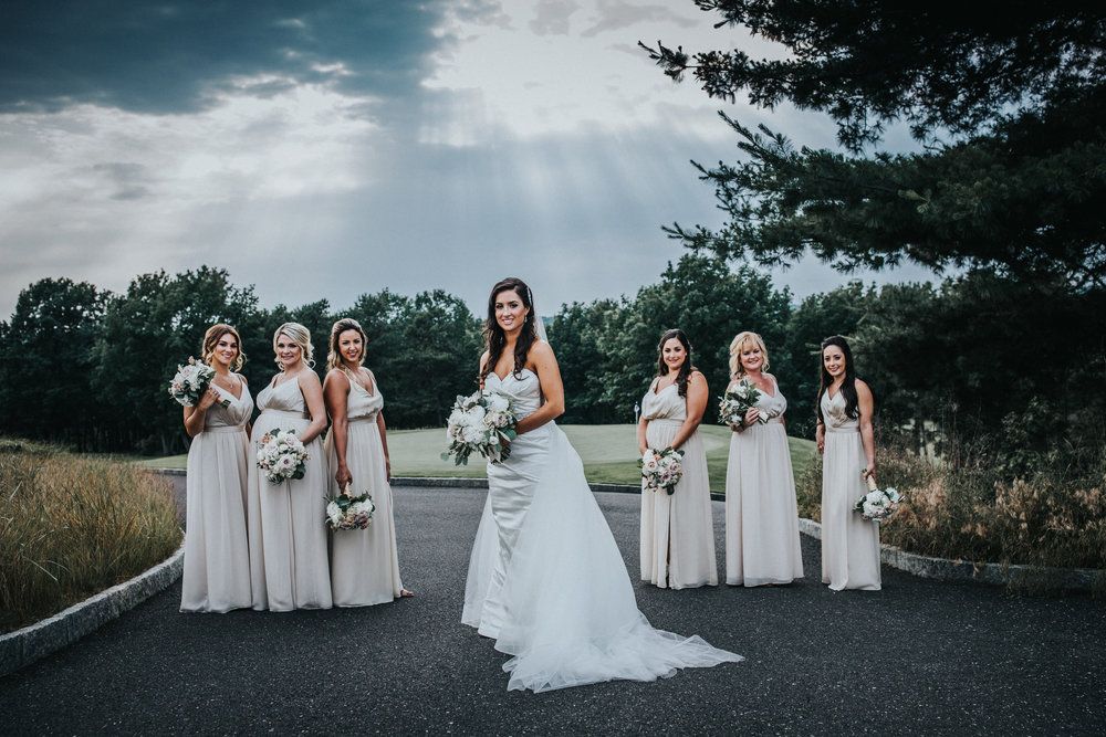 New-Jersey-Wedding-Photographer-JennaLynnPhotography-Trump-National-Golf-Club-Philadelphia-ErikaChris-BridalParty-28.jpg