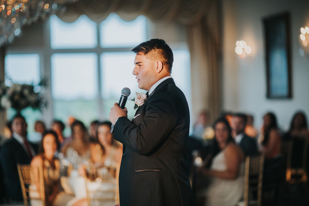 New-Jersey-Wedding-Photographer-JennaLynnPhotography-Trump-National-Golf-Club-Philadelphia-ErikaChris-Reception-50.jpg