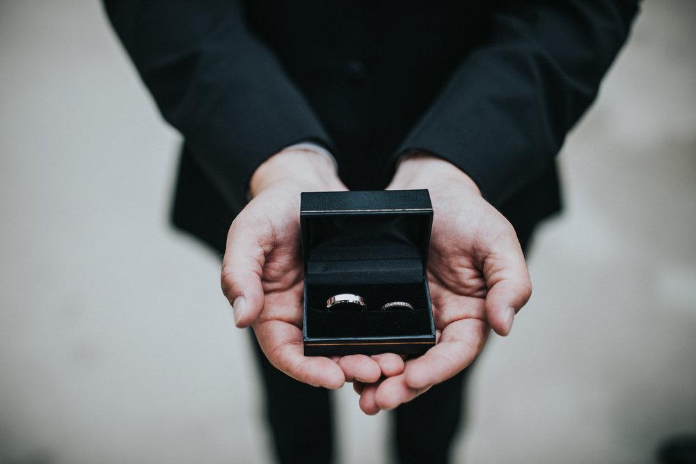JennaLynnPhotography-NJWeddingPhotographer-Philadelphia-Wedding-ArtsBallroom-Details-23.jpg