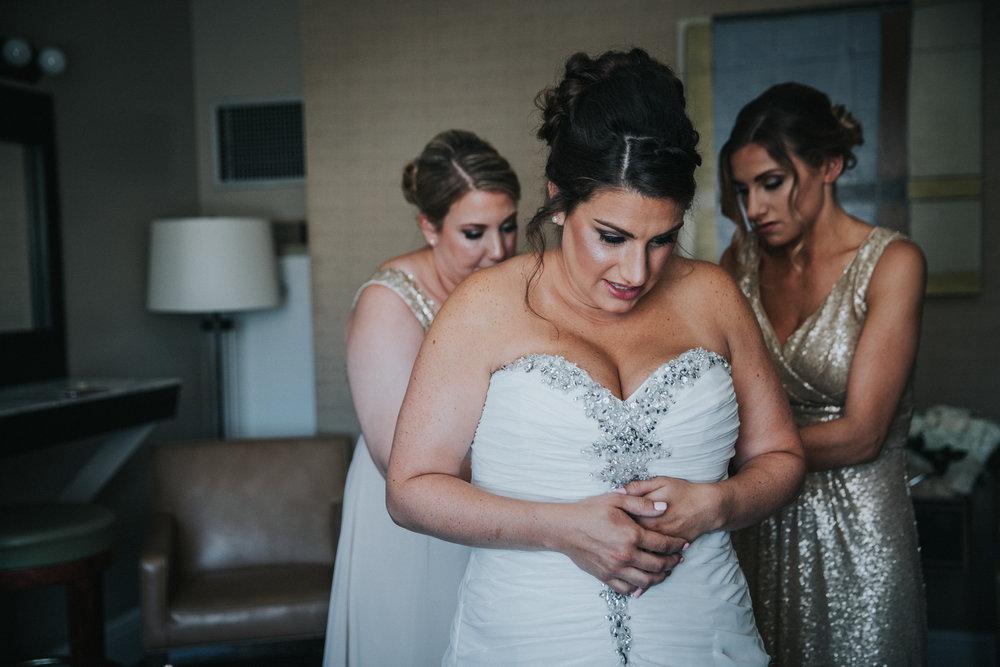 JennaLynnPhotography-NJWeddingPhotographer-Wedding-TheBerkeley-AsburyPark-Allison&Michael-GettingReady-67.jpg