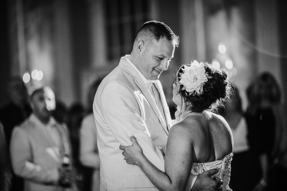 JennaLynnPhotography-NJWeddingPhotographer-Wedding-TheBerkeley-AsburyPark-Allison&Michael-ReceptionBW-20.jpg