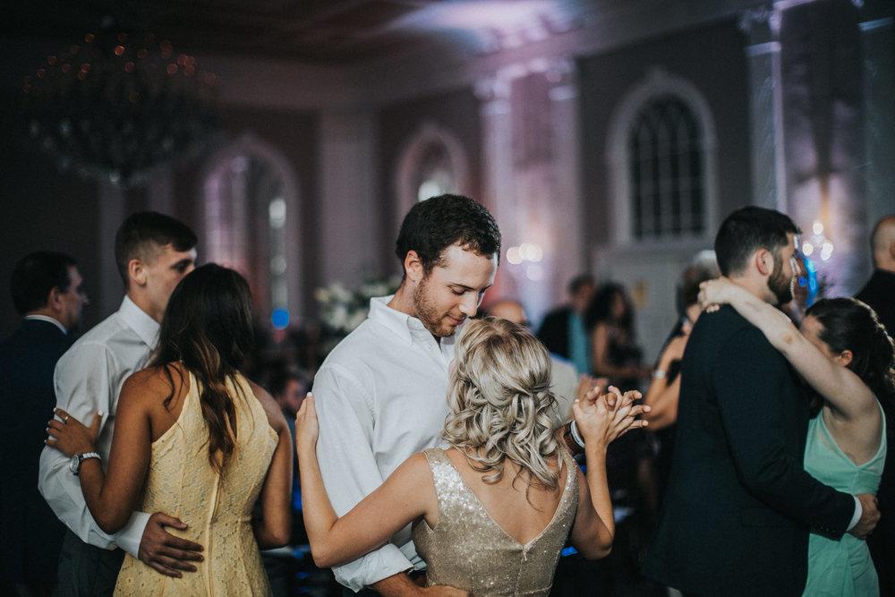 JennaLynnPhotography-NJWeddingPhotographer-Wedding-TheBerkeley-AsburyPark-Allison&Michael-Reception-103.jpg