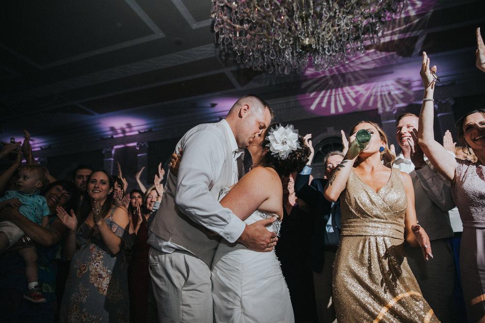 JennaLynnPhotography-NJWeddingPhotographer-Wedding-TheBerkeley-AsburyPark-Allison&Michael-Reception-120.jpg