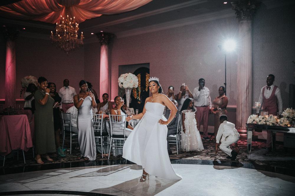 New-Jersey-Wedding-Photographer-Jenna-Lynn-Photography-Wedding-Philadelphia-TheWaterFall-44.jpg