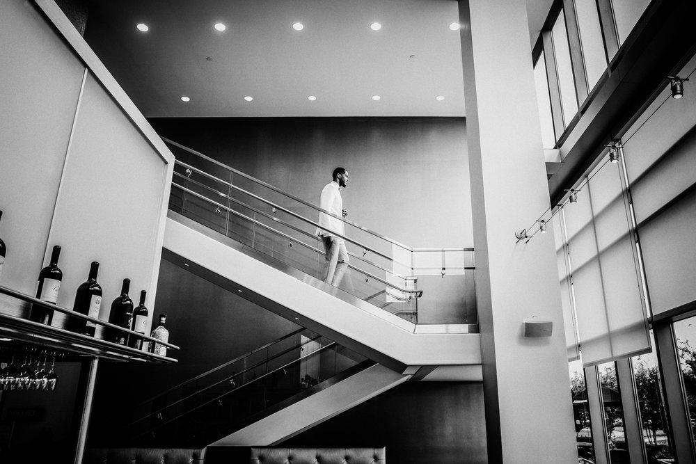 New-Jersey-Wedding-Photographer-Jenna-Lynn-Photography-TheWaterFall-Wedding-Bride&GroomBW-1.jpg
