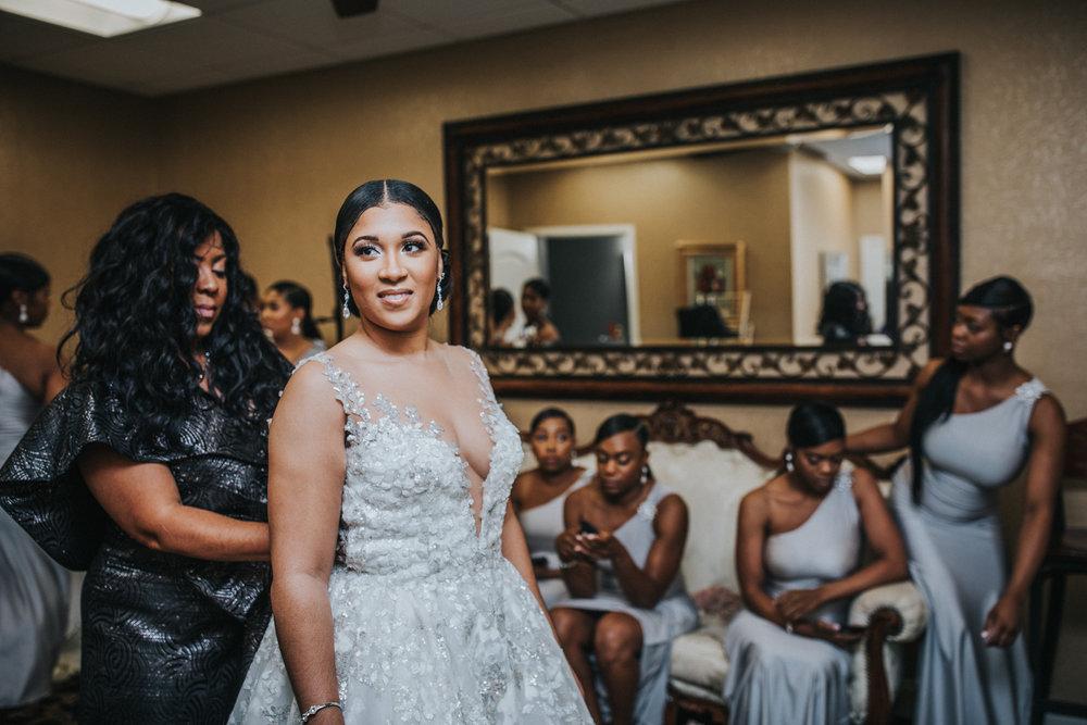 New-Jersey-Wedding-Photographer-Jenna-Lynn-Photography-TheWaterFall-Wedding-Getting-Ready-62.jpg