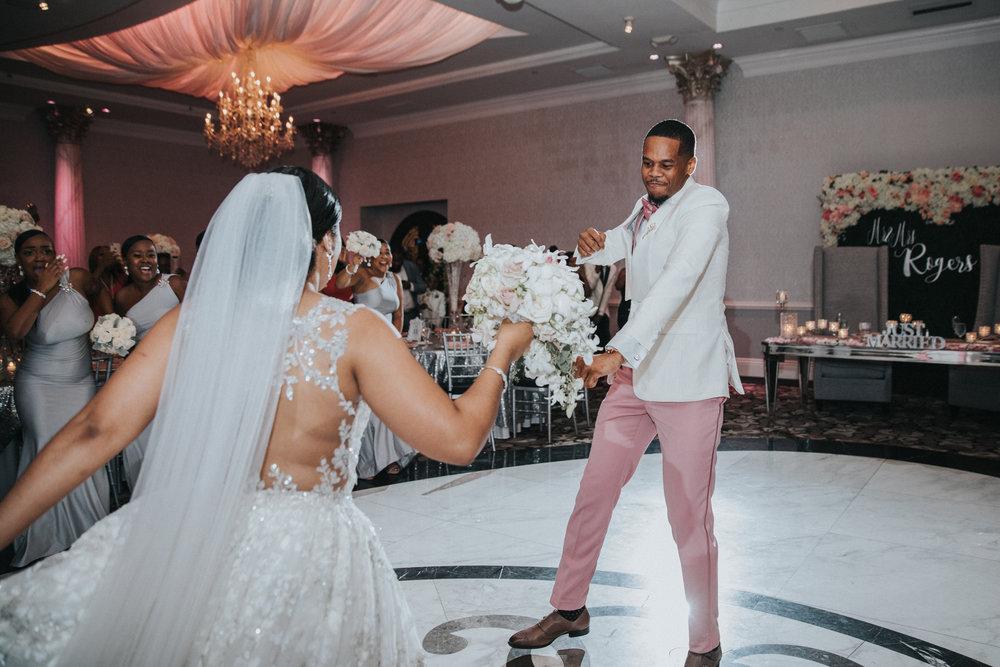 New-Jersey-Wedding-Photographer-Jenna-Lynn-Photography-TheWaterFall-Wedding-Reception-44.jpg