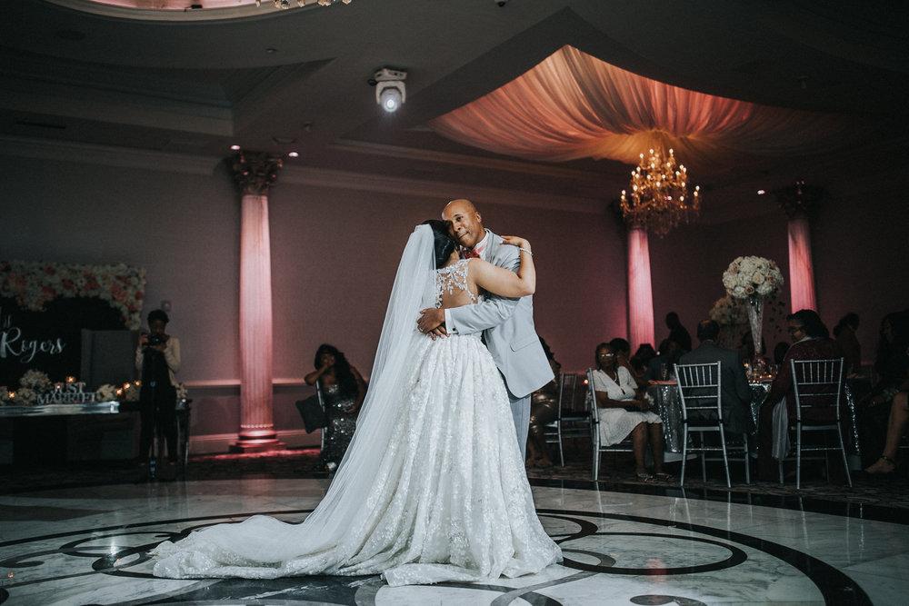 New-Jersey-Wedding-Photographer-Jenna-Lynn-Photography-TheWaterFall-Wedding-Reception-90.jpg