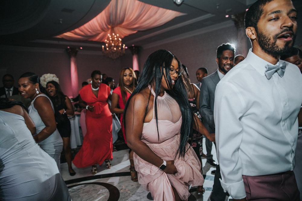 New-Jersey-Wedding-Photographer-Jenna-Lynn-Photography-TheWaterFall-Wedding-Reception-143.jpg