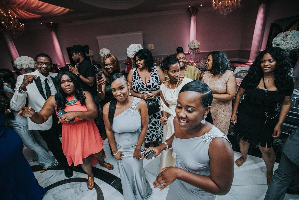 New-Jersey-Wedding-Photographer-Jenna-Lynn-Photography-TheWaterFall-Wedding-Reception-171.jpg