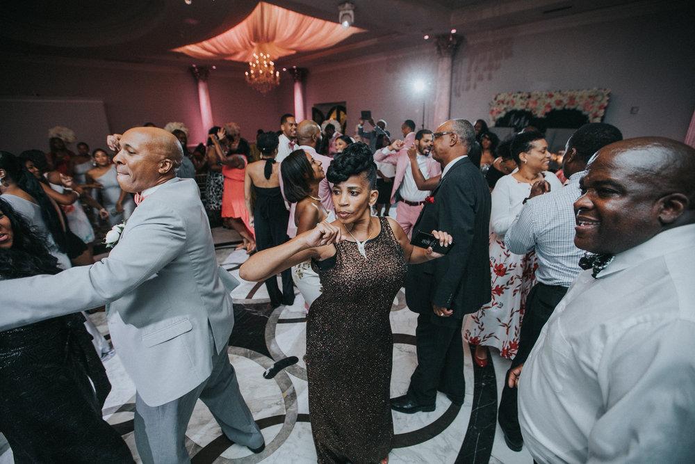 New-Jersey-Wedding-Photographer-Jenna-Lynn-Photography-TheWaterFall-Wedding-Reception-178.jpg