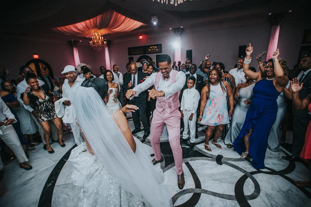 New-Jersey-Wedding-Photographer-Jenna-Lynn-Photography-TheWaterFall-Wedding-Reception-202.jpg