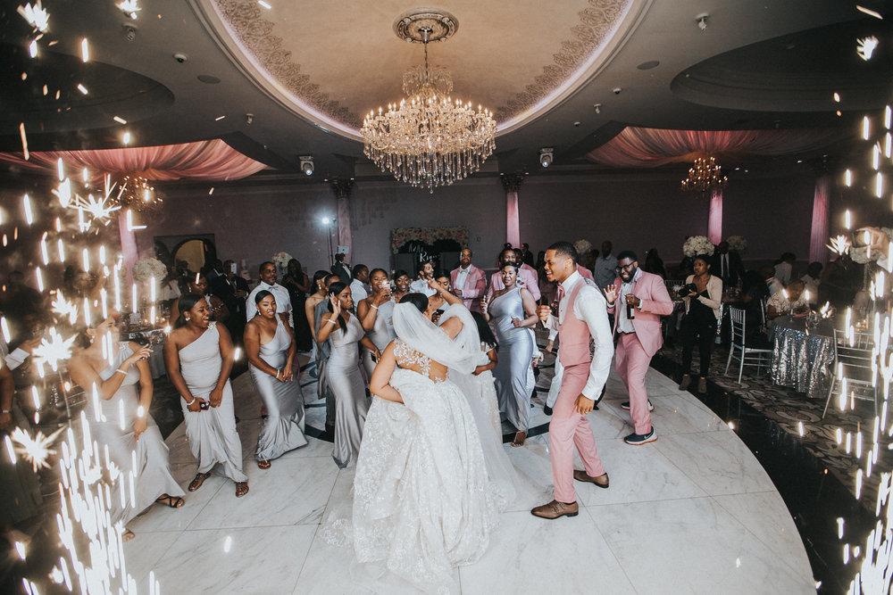New-Jersey-Wedding-Photographer-Jenna-Lynn-Photography-TheWaterFall-Wedding-Reception-209.jpg