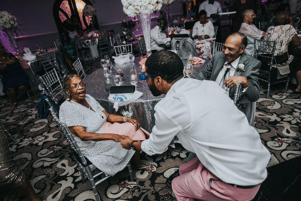 New-Jersey-Wedding-Photographer-Jenna-Lynn-Photography-TheWaterFall-Wedding-Reception-237.jpg