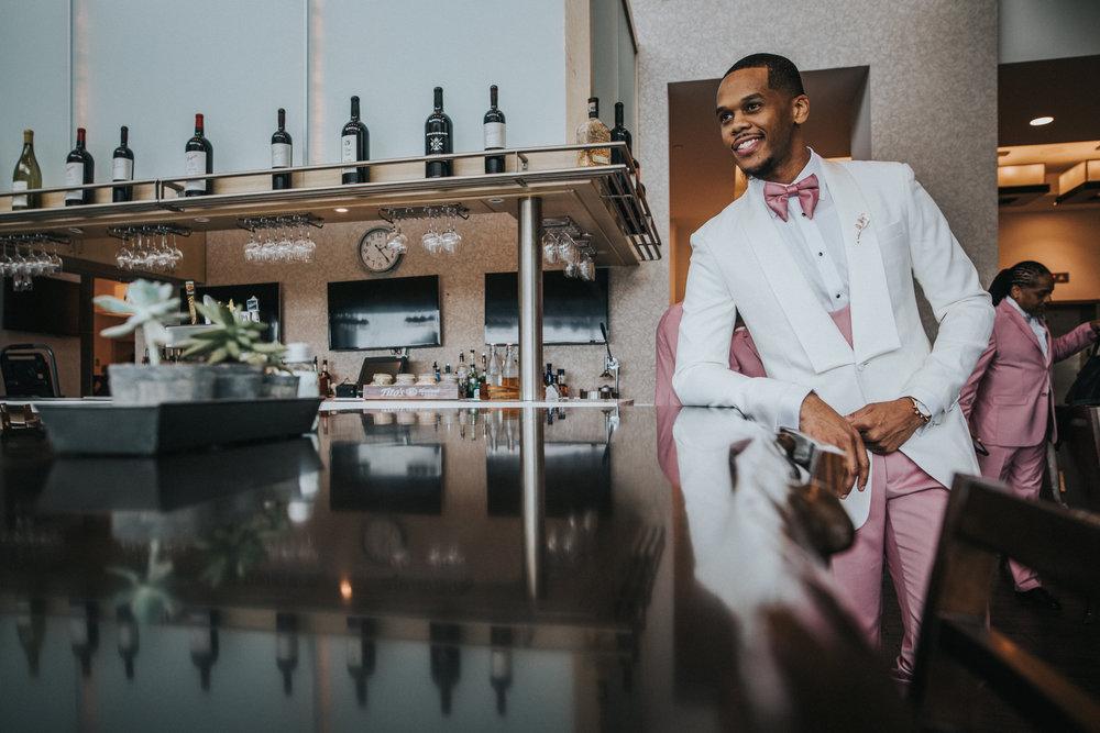 New-Jersey-Wedding-Photographer-Jenna-Lynn-Photography-TheWaterFall-Wedding-Bride&Groom-5.jpg