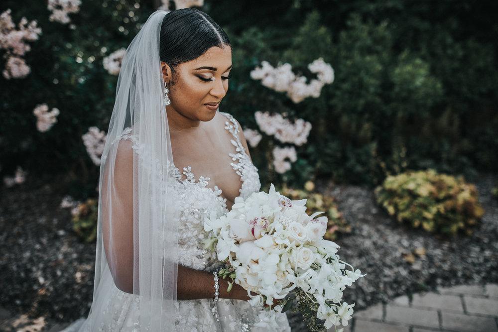 New-Jersey-Wedding-Photographer-Jenna-Lynn-Photography-TheWaterFall-Wedding-Bride&Groom-17.jpg