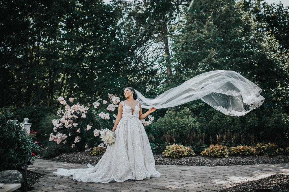 New-Jersey-Wedding-Photographer-Jenna-Lynn-Photography-TheWaterFall-Wedding-Bride&Groom-19.jpg