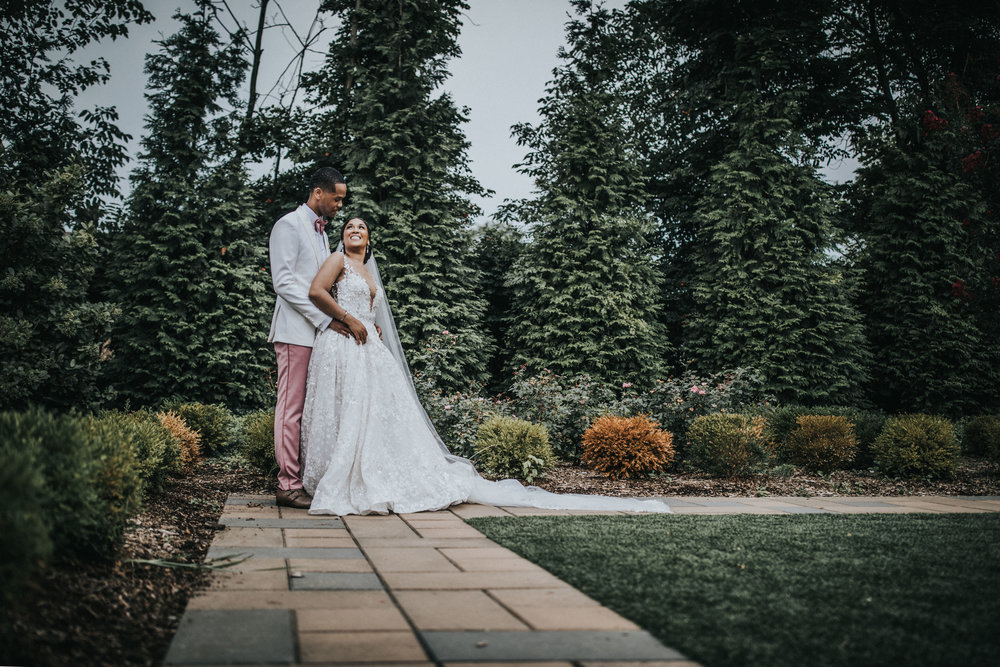 New-Jersey-Wedding-Photographer-Jenna-Lynn-Photography-TheWaterFall-Wedding-Bride&Groom-44.jpg