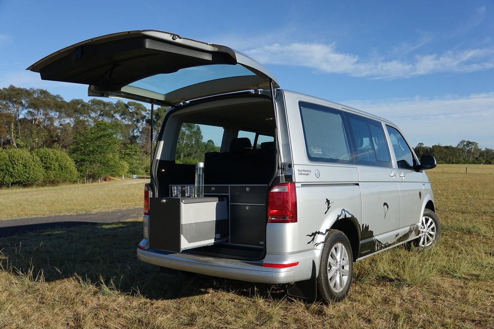 Modern-VW-T6-Campervan-2-Paul-Wakeling-Volkswagen-Kombilife-3.jpg