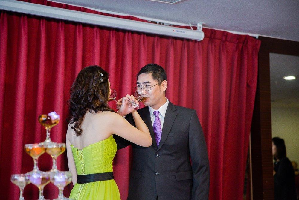 婚禮紀錄-推薦婚攝-默默推薦-高雄婚攝17.jpg