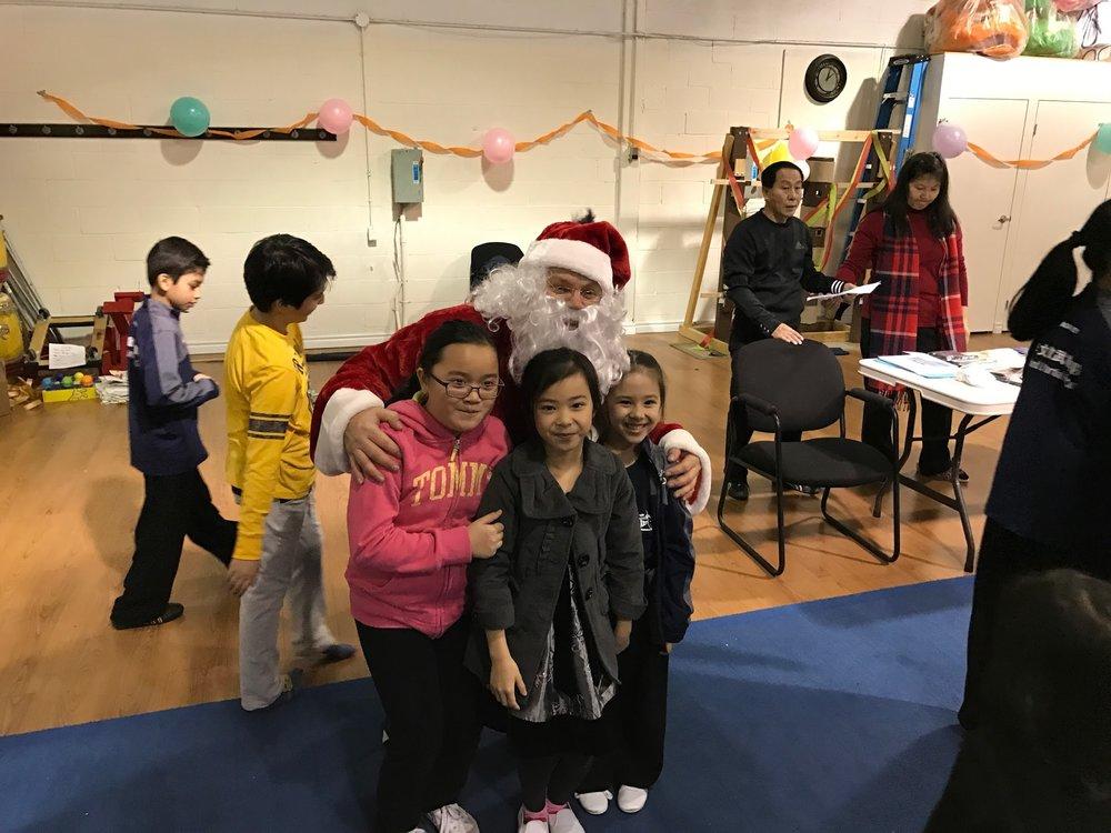 Wayland_Li_Wushu_2016_Holiday_Party_Santa.JPG