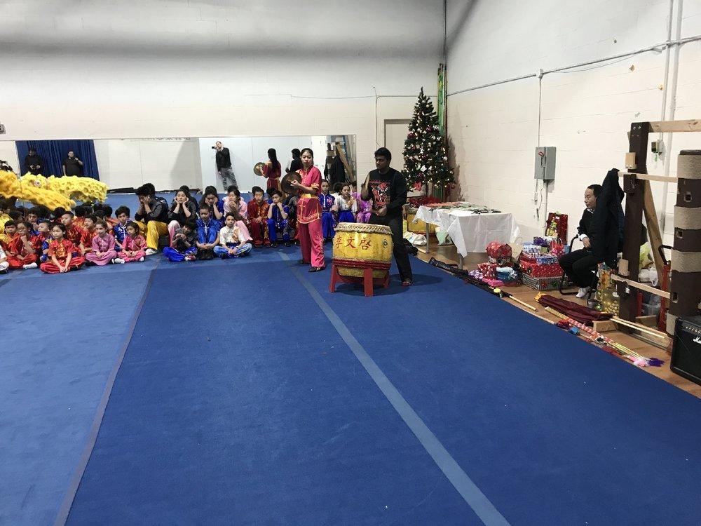 wayland-li-wushu-canada-ontario-toronto-classes-taolu-holiday-party-2017-03.jpg